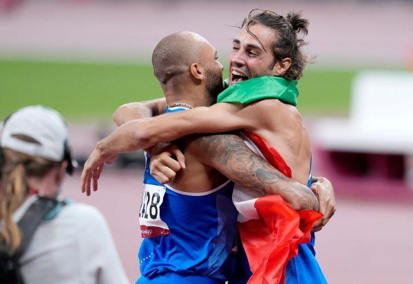 Tokyo 2020, due ori da leggenda: Tamberi e Jacobs trionfano nel Salto in alto e nei 100 metri