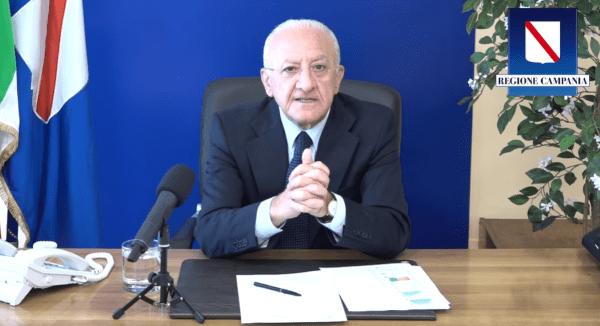 """De Luca sul Covid 19 in Campania: """"Obiettivo 5 milioni di cittadini immunizzati"""" (VIDEO)"""