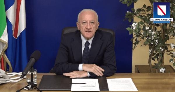 """Covid 19 in Campania, allarme di De Luca: """"Rallentamento nella campagna di vaccinazione"""" (VIDEO)"""