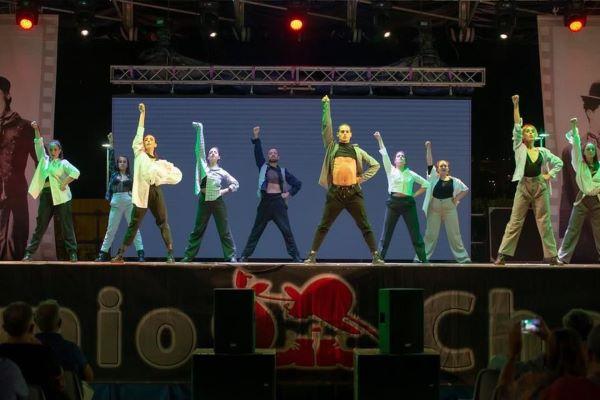 Danzando nel mondo: venerdì 10 settembre al Cinema Teatro Charlot di Capezzano