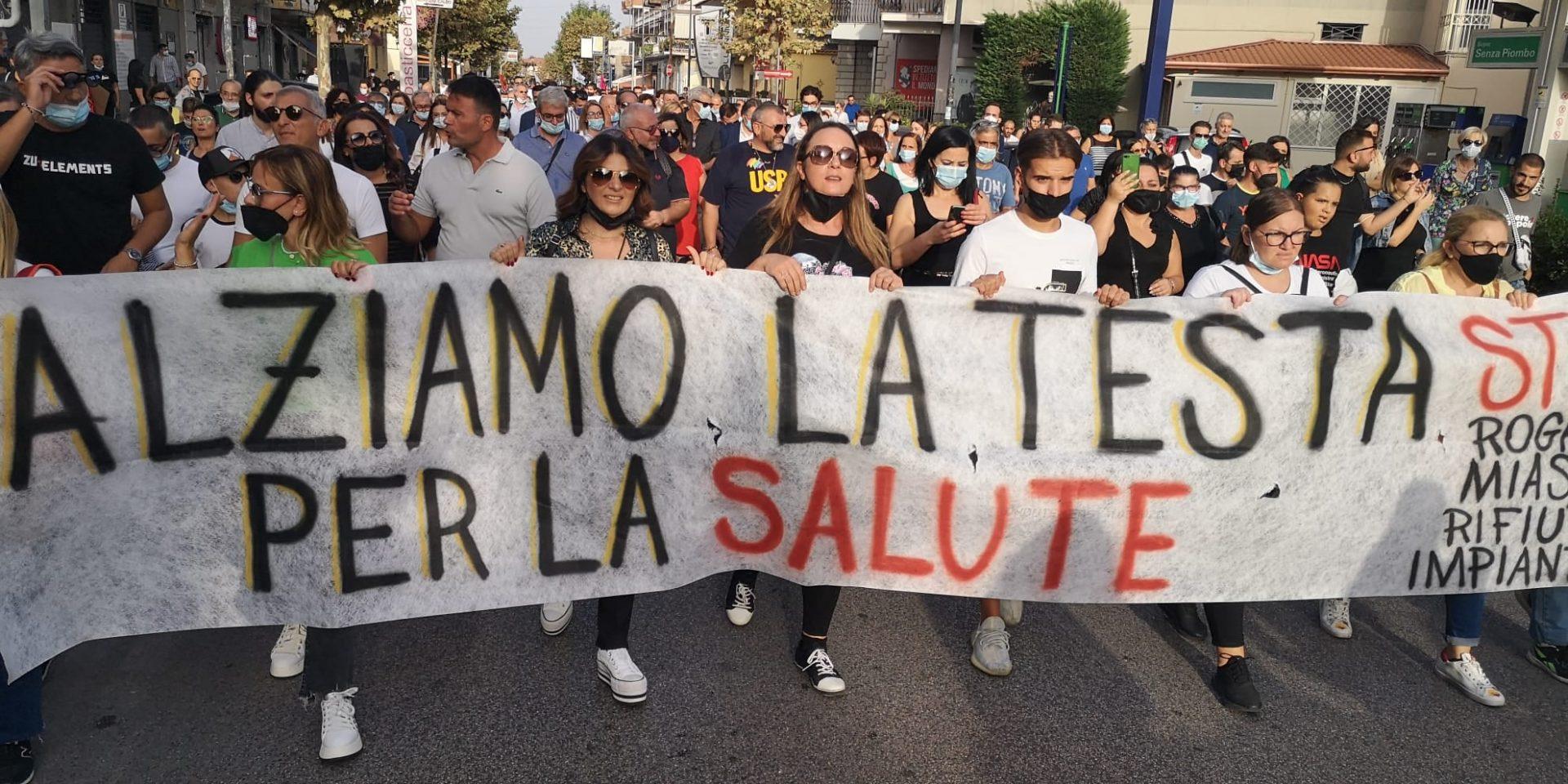 La Terra dei fuochi alza la testa: ieri manifestazione pacifica per la tutela dell'ambiente e della salute pubblica