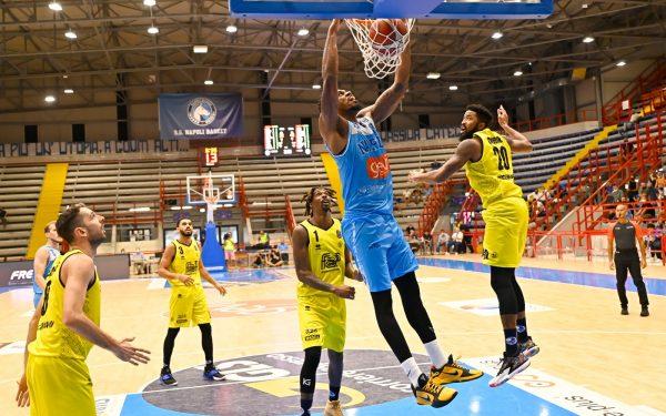 Supercoppa, Gevi Napoli Basket-Germani Brescia 74-81