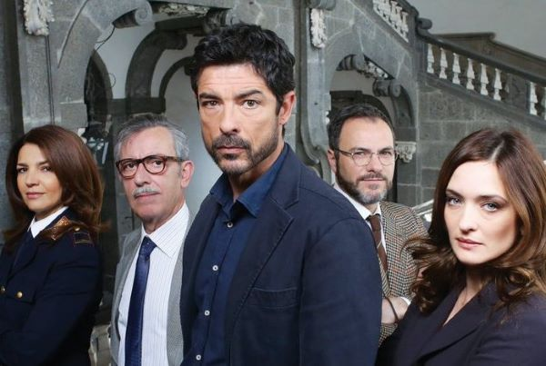 Nastri d'Argento: premi al Palazzo Reale di Napoli per gli attori più amati delle serie tv