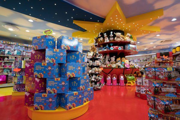 Paggio Toys compie 40 anni. Sabato l'apertura di un nuovo store a Frattamaggiore. Così sfidiamo la crisi