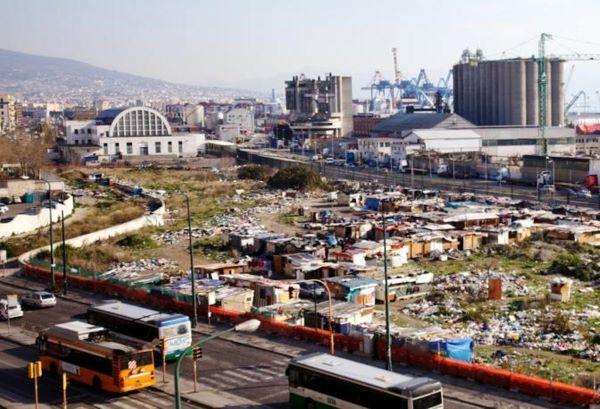 Comune di Napoli: prime piantumazioni al Parco della Marinella