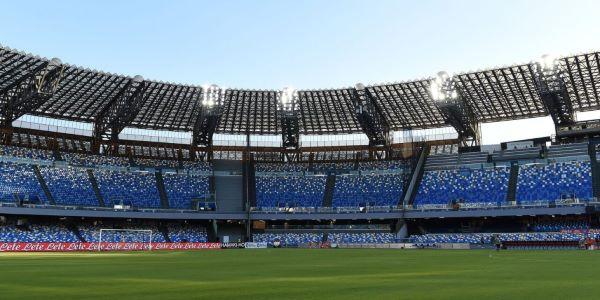 Calcio Napoli condannato per biglietto pieno ad under 14