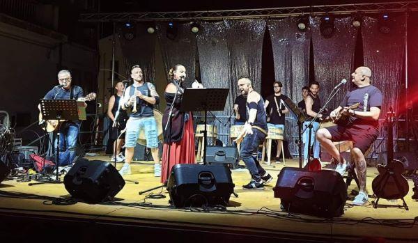"""Festival dei suoni antichi a Macerata Campania: oltre 100 artisti per """"Il tempio dei bottari"""""""