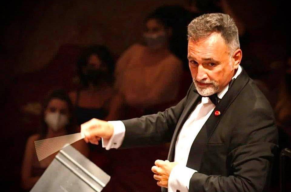Al Teatro San Carlo il Requiem di Mozart diretto da José Luis Basso