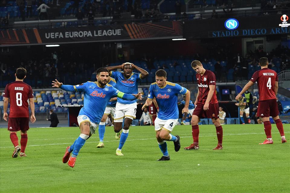 Napoli Legia Varsavia 3 0. Gol di Insigne, Osimhen e Politano