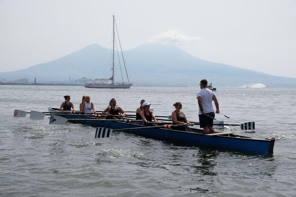 Canottaggio, Nautilus al Trofeo del Mare: l'8 yole rema per il benessere
