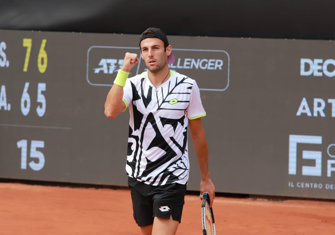 Tennis Napoli Cup, Stefano Travaglia e Andrea Pellegrino in semifinale
