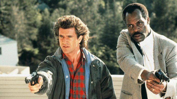 Hot Seat: Sam Asghari e Kevin Dillon nel cast del film con Mel Gibson